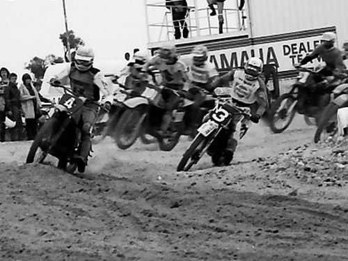 1979 Australian Championships Wanneroo - Trevor Williams (4) leads Stephen Gall (3) in the 125cc class
