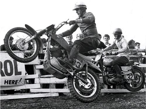 Two-times Australian 350cc Motocross Champion (32) John Mapperson chasing Ray Fisher